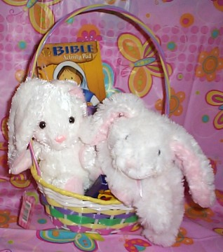 HELVWPBNYFLUFFWTBK01 He Lives Plush Puffy White  Bunny  Basket