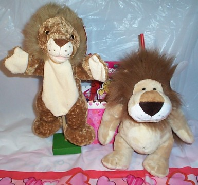 Wild About You, Lion Valentine Gift Basket